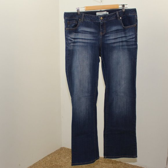 Torrid Relaxed Boot Jeans 16R F48
